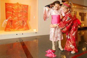 kimono-girls_670878n